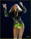 Beyonce Knowles Bigger, but I dunno...maybe fake. Foto 565 (����� ����� �������, �� � ���� ... ����� ���� ����������. ���� 565)