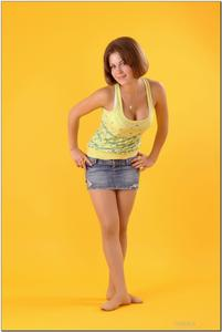 http://img155.imagevenue.com/loc11/th_278847444_tduid300163_sandrinya_model_denimmini_teenmodeling_tv_018_122_11lo.jpg