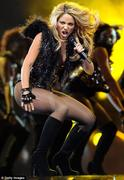 Shakira NBA All-stars game halftime show 2010 Foto 1572 (������ NBA All-Stars Game Show 2010 ���� ���� 1572)