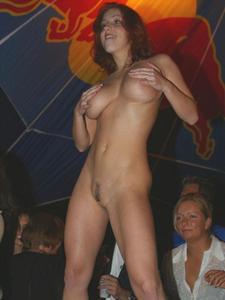 Мокрые трусики от возбуждения порно фото