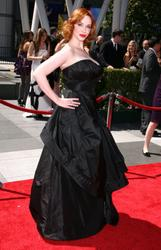Christina Hendricks shows her great cleavage at the 62nd Creative Emmy Awards in Los Angeles - Hot Celebs Home