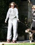 http://img155.imagevenue.com/loc635/th_29000_Jennifer_Love_Hewitt_2008-12-30_-_Rollerskating_in_Los_Angeles_992_122_635lo.JPG