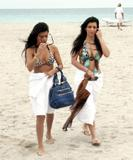 Kim Kardashian at her birthday party Foto 223 (Ким Кардашиан на ее дне рождения Фото 223)