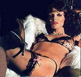 Joan Collins I've been searching for her playboy pics, but this is all I've found. Foto 17 (Джоан Коллинз Я искал ее Playboy фото, но это все, что я нашел. Фото 17)
